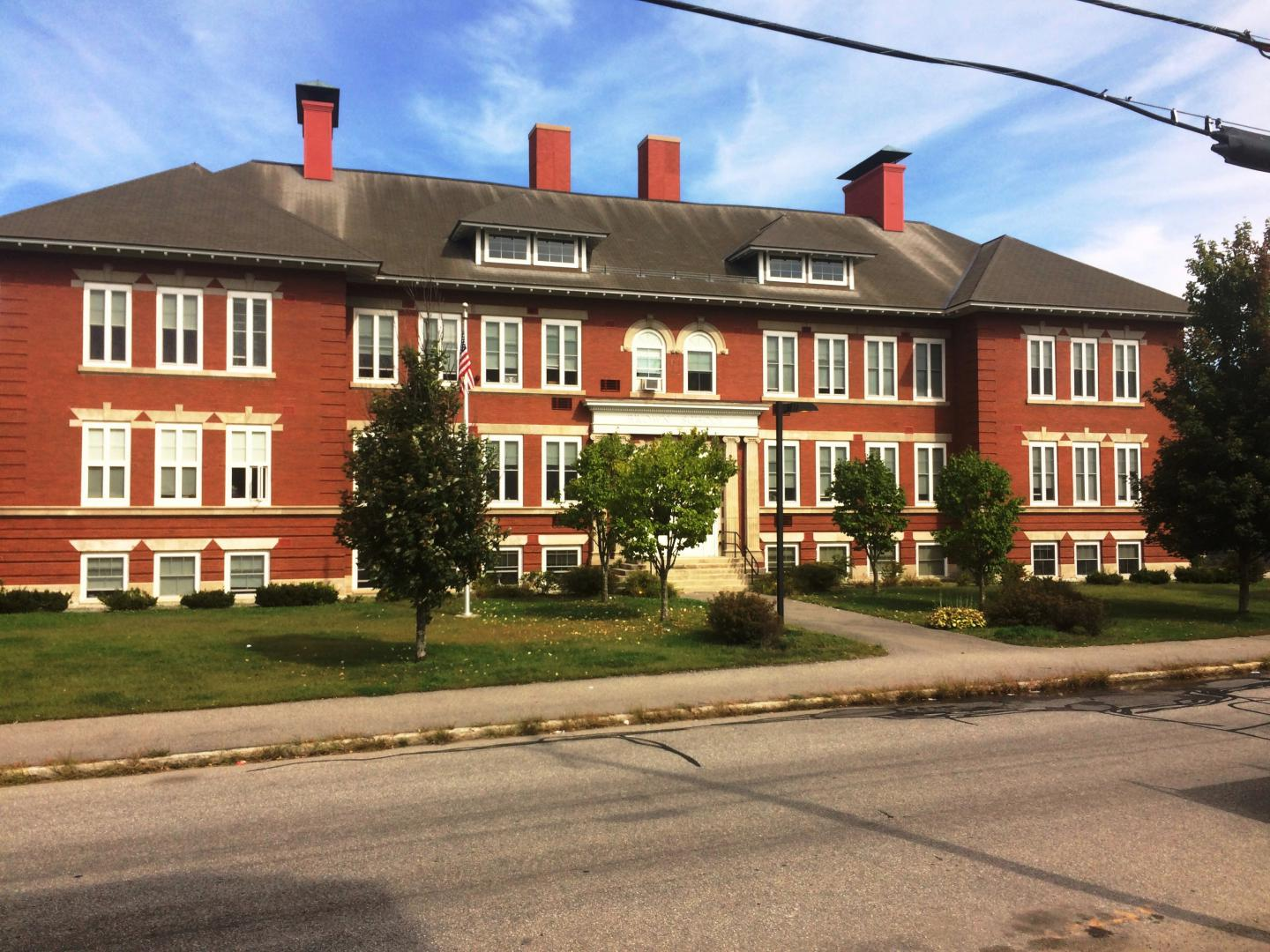 Brown School Apartments | Manchester NH Housing and Redevelopment ...